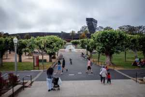 Ride around the main part of Golden Gate Park and see its major museums